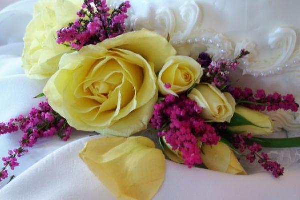 visual-lyrics-cake-decoration14238C760D-BCA1-C97D-DF9D-236CE2350D9A.jpg