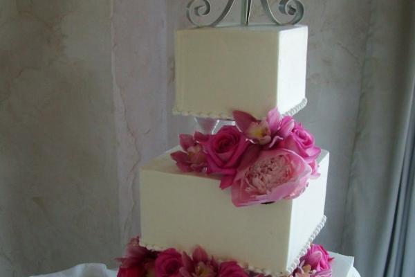 visual-lyrics-cake-decoration1F1D0AD00-7F10-F2EE-026B-F3D407D3A4A3.jpg