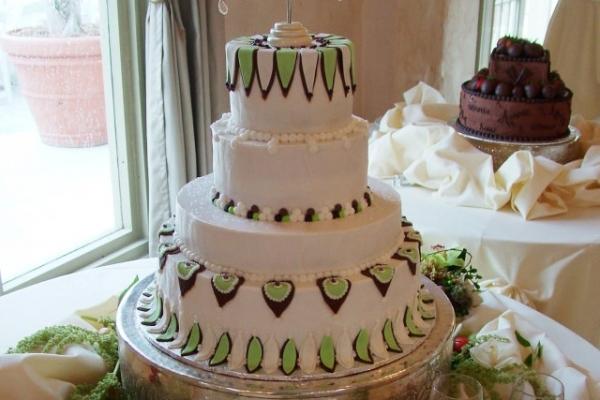 visual-lyrics-cake-decoration367105DE1-3A37-29DA-311C-5B1EB3027809.jpg