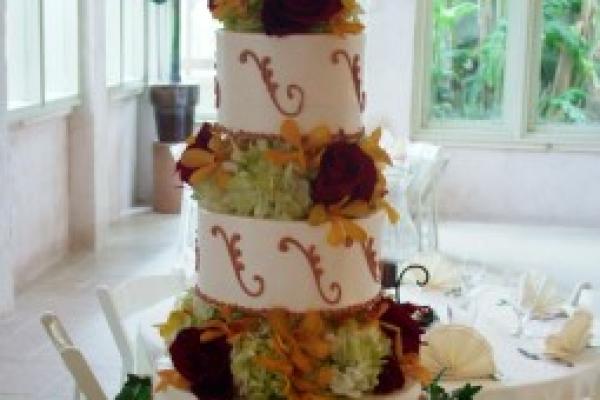 visual-lyrics-cake-decoration96425F6E0-7670-028C-3B75-671BF37CD2D6.jpg
