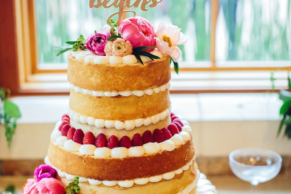 visual-lyrics-wedding-cake-decor-2016-02397ED816-33F6-2690-E826-5DFE92CE2223.jpg