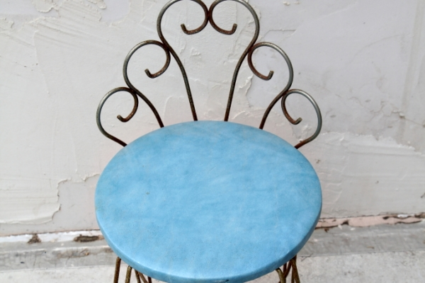 blue-iron-chairBBFA2E47-A099-914D-7929-3BB18E137D8B.jpg