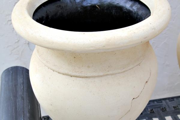 ivory-urn1B7A67B8-A019-45E6-F837-E56CE88E2026.jpg