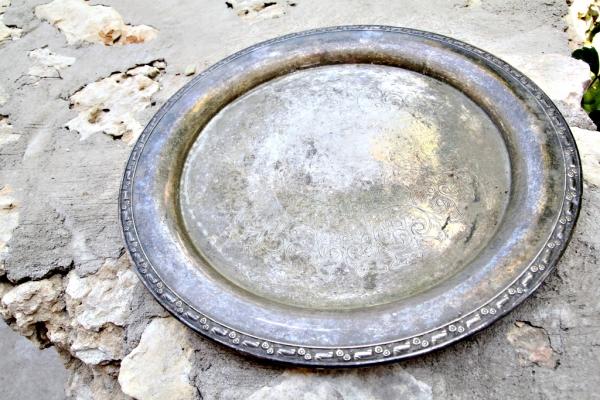 silver-plate596BF736-B9DF-F751-CC3F-5F2AA63030CF.jpg