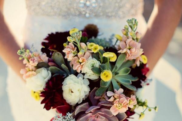 visual-lyrics-bouquets101DA070D86-60F4-984E-48F0-07E5D157D0CD.jpg