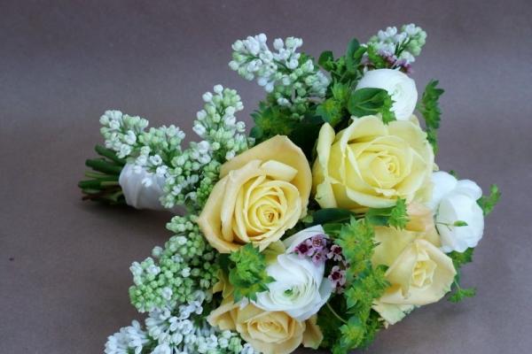 visual-lyrics-bouquets128DD6F695-D7D4-7425-7D0B-F49759DD1FDA.jpg