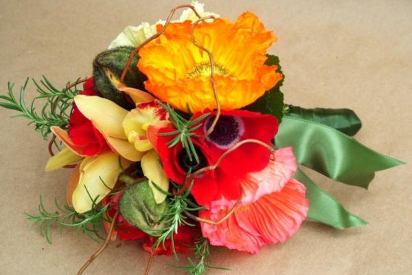 visual-lyrics-bouquets155A9C11B89-55D1-9E7B-4F52-CF9E06E604E0.jpg