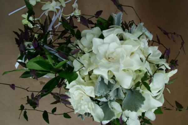 visual-lyrics-bouquets16718EBED4D-28DA-3D32-1D4B-CAABAA94B2E8.jpg
