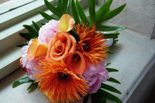 visual-lyrics-bouquets176A97CD75A-A684-20E0-A80F-4C0BB896E71A.jpg