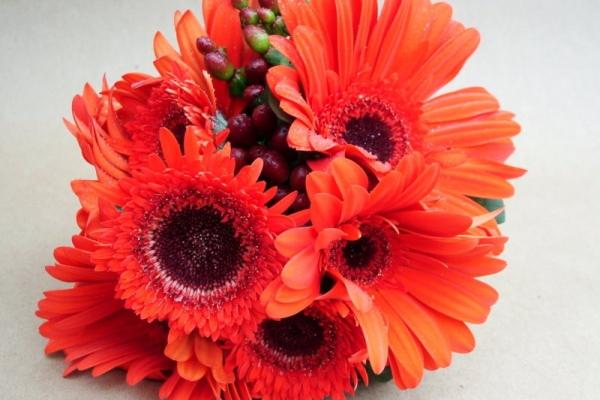 visual-lyrics-bouquets1789E31A1AB-BC21-F508-D943-A51789974AC9.jpg