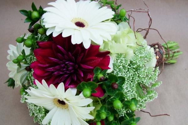 visual-lyrics-bouquets1842032BFD8-F6D7-2781-8F1E-90AD436EA47A.jpg