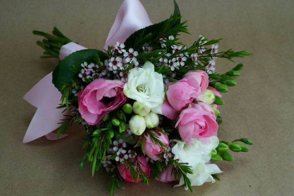 visual-lyrics-bouquets35A825CC37-DD38-ED45-B9A9-40654F661C09.jpg