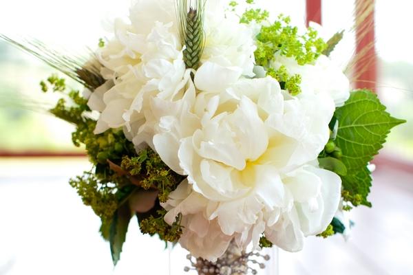 visual-lyrics-bouquets9941854B14-D6C0-0225-1F99-7E95F47FB4B5.jpg